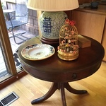 ginger jar lamp and table