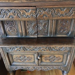 Nov Carved Small Hutch
